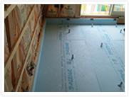 鋼製束の設置と資材の敷込